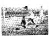 1960-12-04-taubate-1-x-6-santos-pepe-busca-a-bola-nas-redes-apos-cobranca-de-penalidade