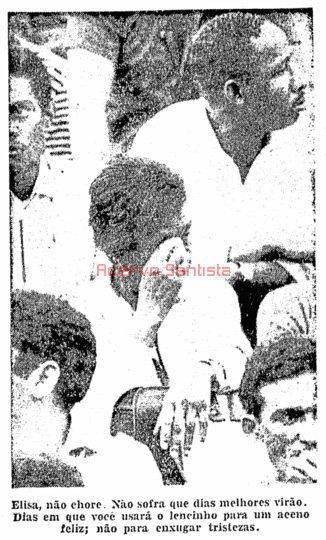 1964-12-07-santos-7-x-4-corinthians-7-elisa-torcedora-simbolo-do-corinthians-chora-no-pacaembu