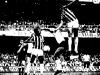 1978-08-20-santos-1-x-1-corinthians-neto-e-joaozinho-se-esforcaram-muito-para-impedir-as-penetracoes-de-rui-rei