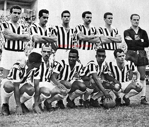 1958-em-pe-dalmo-zito-urubatao-formiga-getulio-e-laercio-agachados-dorval-jair-rosa-pinto-coutinho-pele-e-pepe
