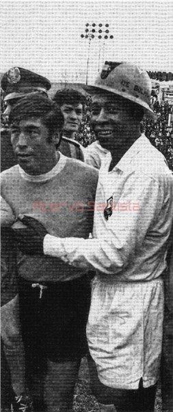1971-01-16-santos-4-x-0-bolivar-amistoso-meio-campista-rene-rada-e-pele600