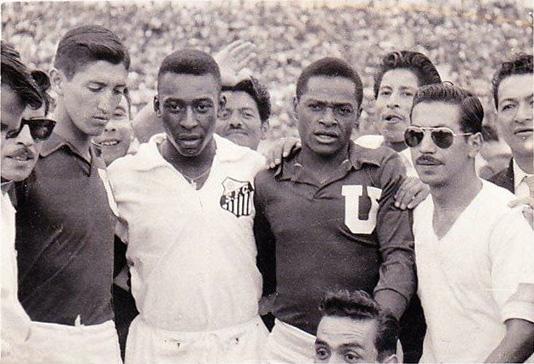 1962-01-14 - LDU de Quito 3 x 6 Santos - Amistoso - Pele