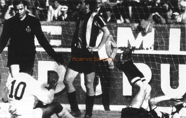 1962-08-02-santos-2x3-penarol-01-600