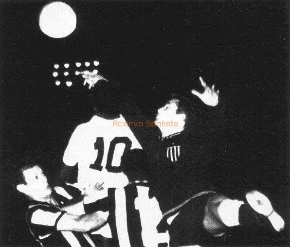 1962-08-02-santos-2x3-penarol-02-600