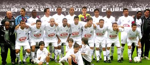 Elenco de 2002 antes da primeira final contra o Corinthians (2x0)